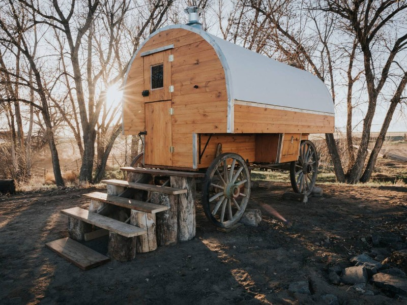 Glamping Shepard's Wagon on Colorado Horse Ranch, Hudson Airbnb