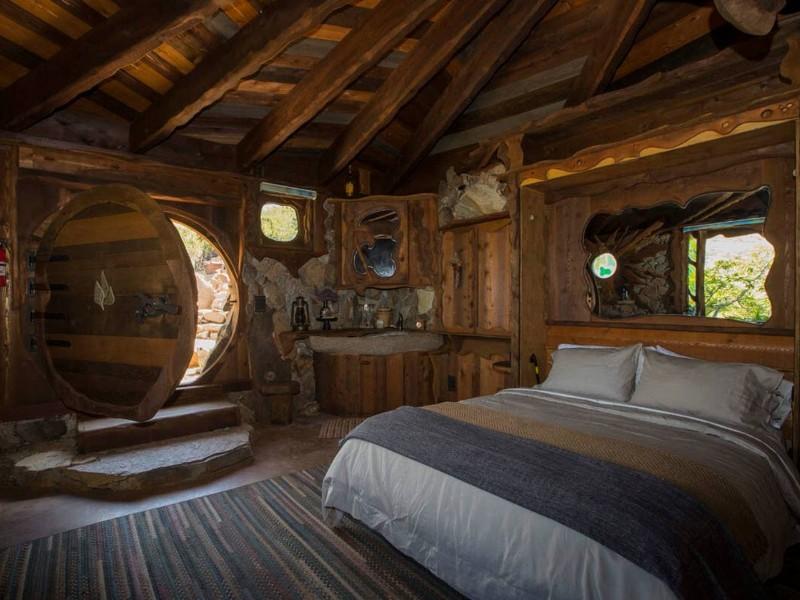 Secluded Hobbit House Near San Diego