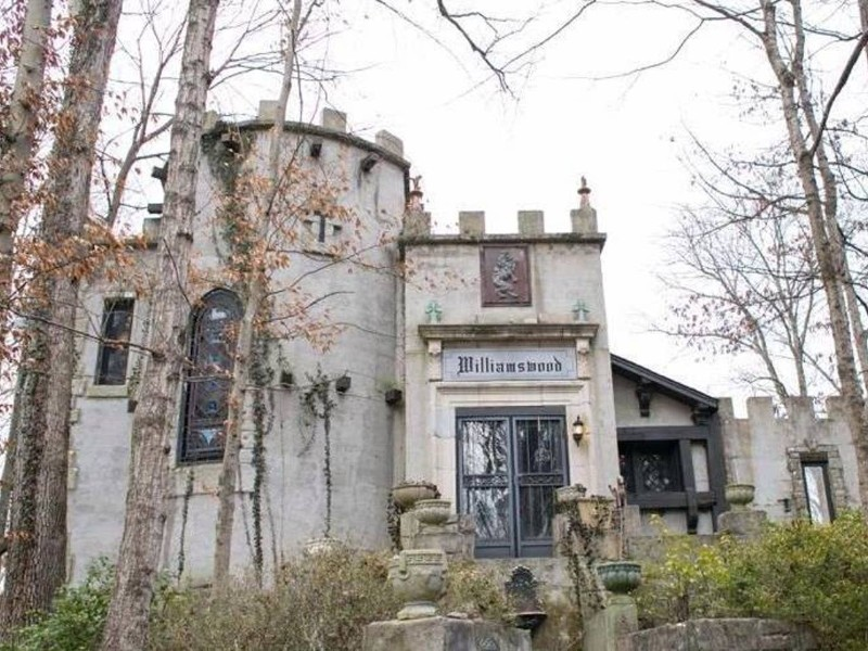 Williamswood Castle, Knoxville Tennessee Airbnb