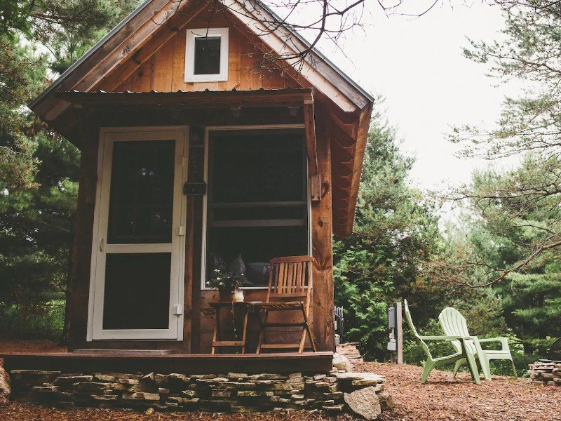 A Tiny House: A Simple Getaway - Charlevoix, Michigan