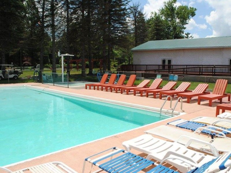 Chestnut Grove Family Resort