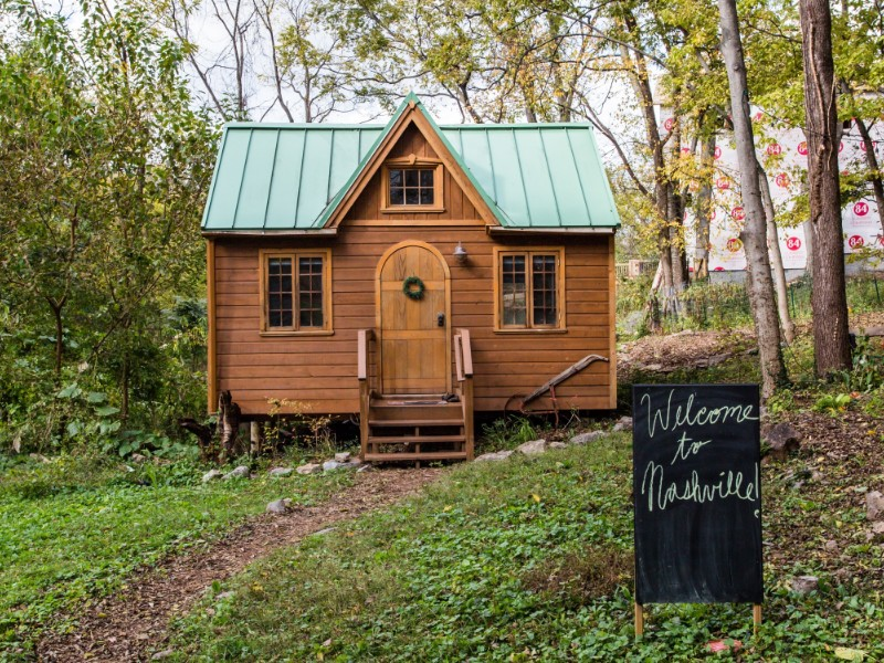 Dreamy Tiny House Cottage - Nashville, Tennessee