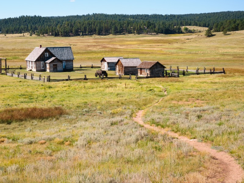 Florissant Fossil Beds National Monument farm trail.