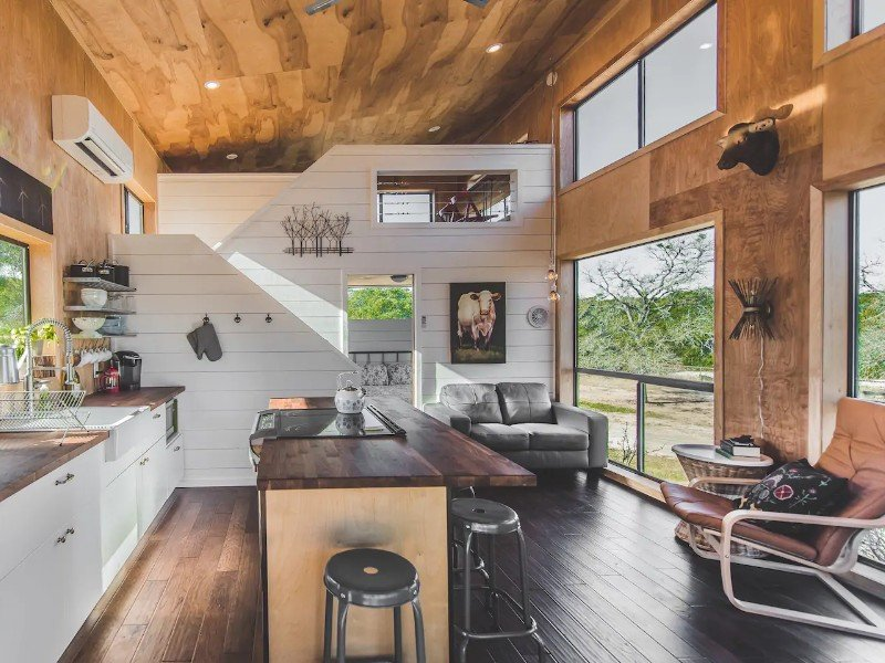 Modern Hill Country Tiny Cabin - Dripping Springs, Texas