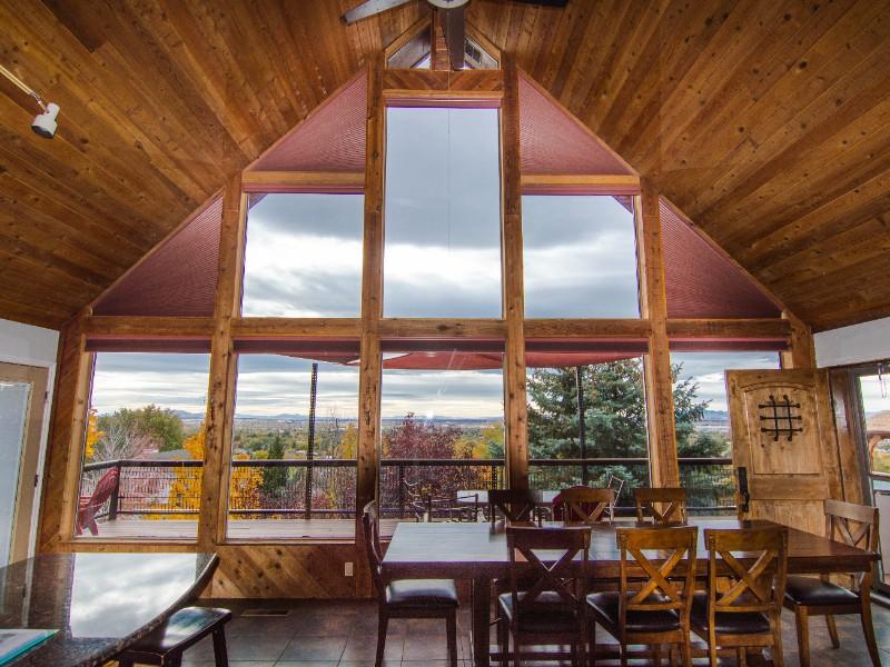 Modern Mountain Retreat Cabin