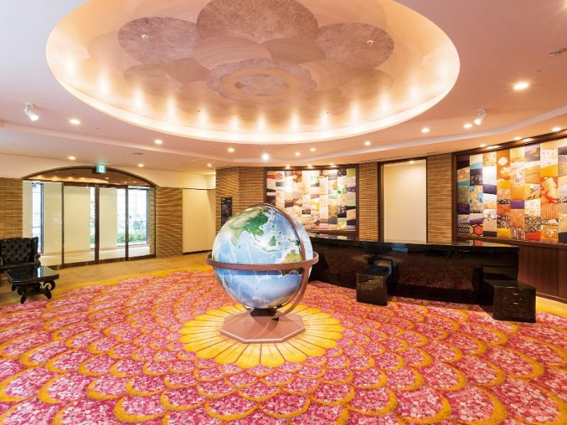 Globe at Shiba Park Hotel
