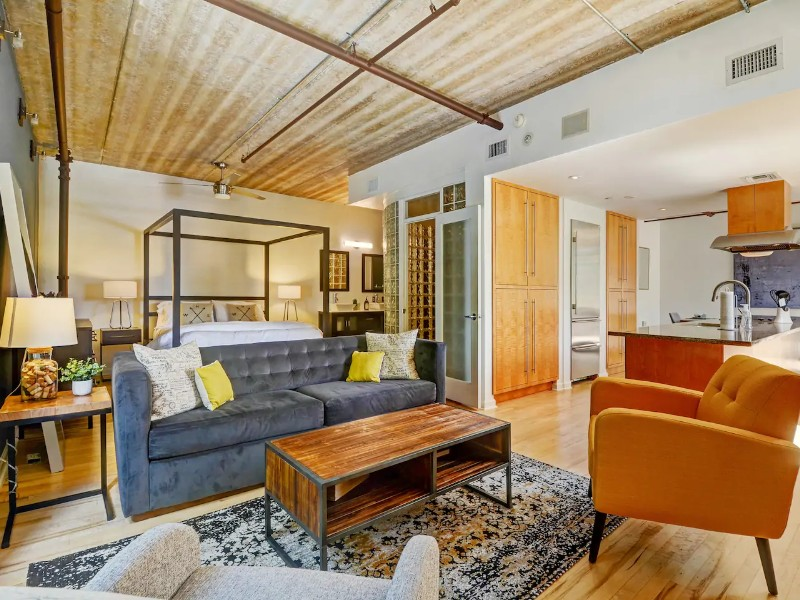 Upscale Loft Space Close to Downtown - Orlando