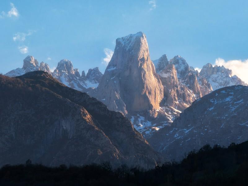 Naranjo de Bulnes mountain peak in Picos de Europa national park, Asturias, Spain.