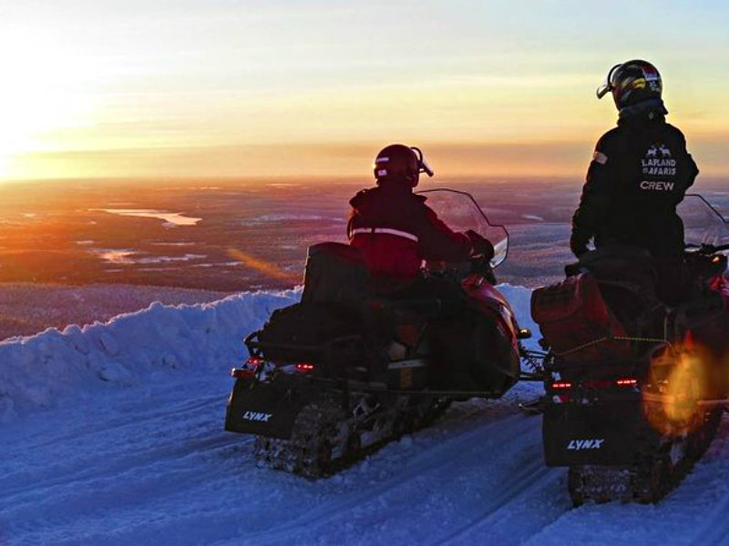 Search of the Northern Lights by Snowmobile from Saariselkä