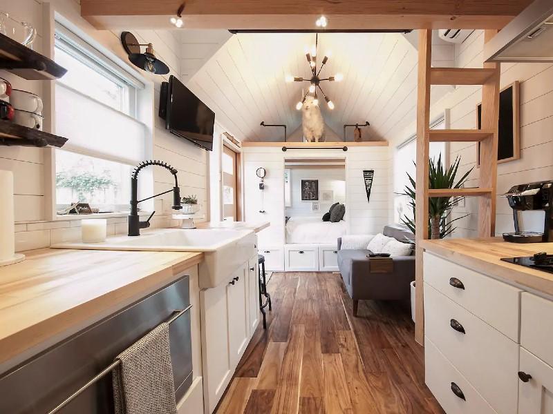Unique Modern Tiny House 2BR/1BA
