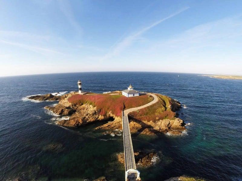 Faro Isla Pancha Lighthouse