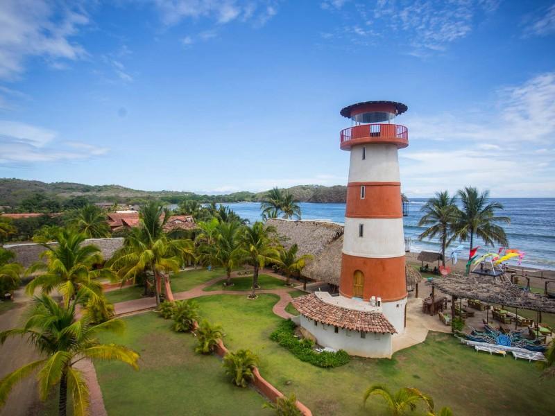 Lighthouse AIrbnb, Playa Venao, Panama