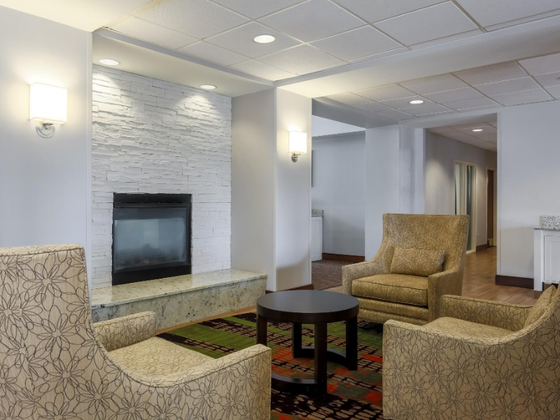 Seating at Homewood Suites by Hilton Ft. Worth-North at Fossil Creek