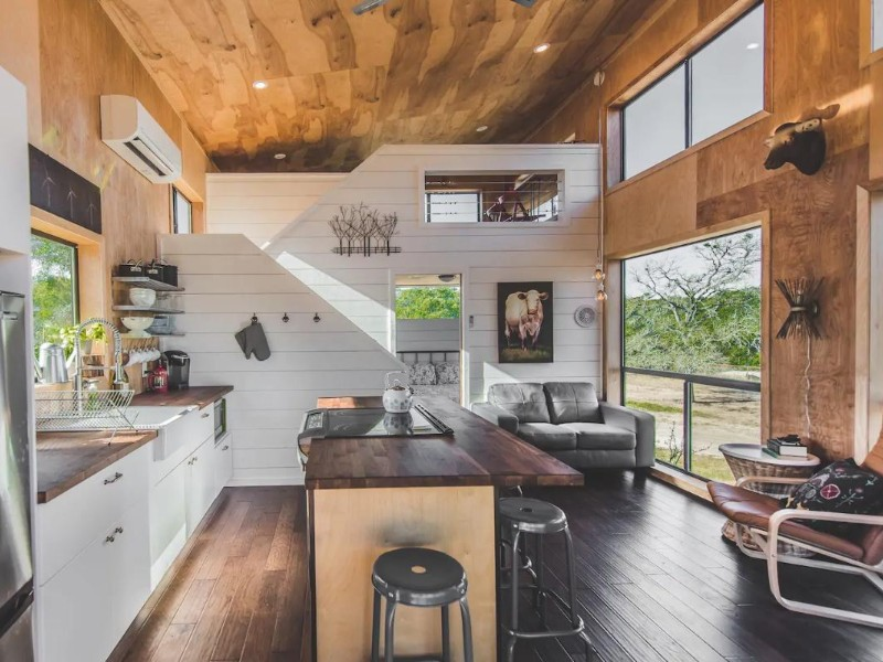 Modern Tiny Cabin in Dripping Springs, TX