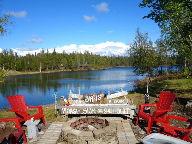Family Friendly Lake Front Retreat, Soldotna, Alaska