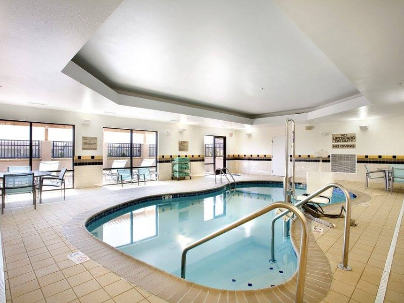Pool at SpringHill Suites by Marriott Wichita East at Plazzio