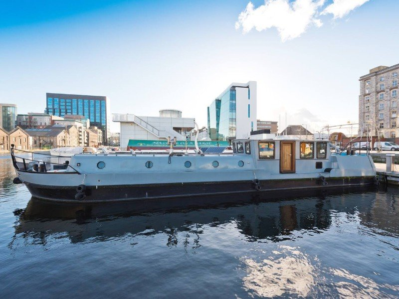 Sunny Barger - Grand Canal Dock Houseboat