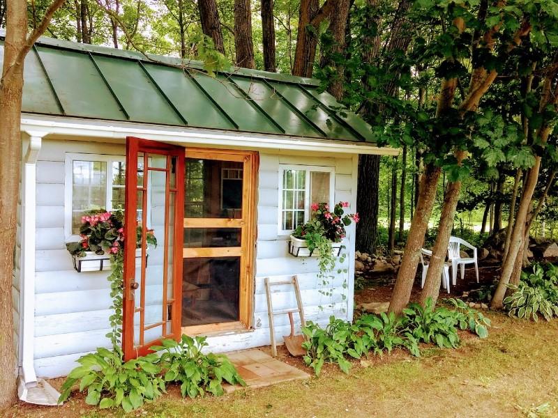 Hummingbird Hut
