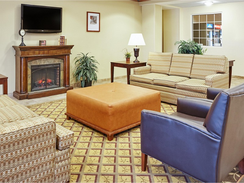 Seating at Candlewood Suites Fayetteville Fort Bragg