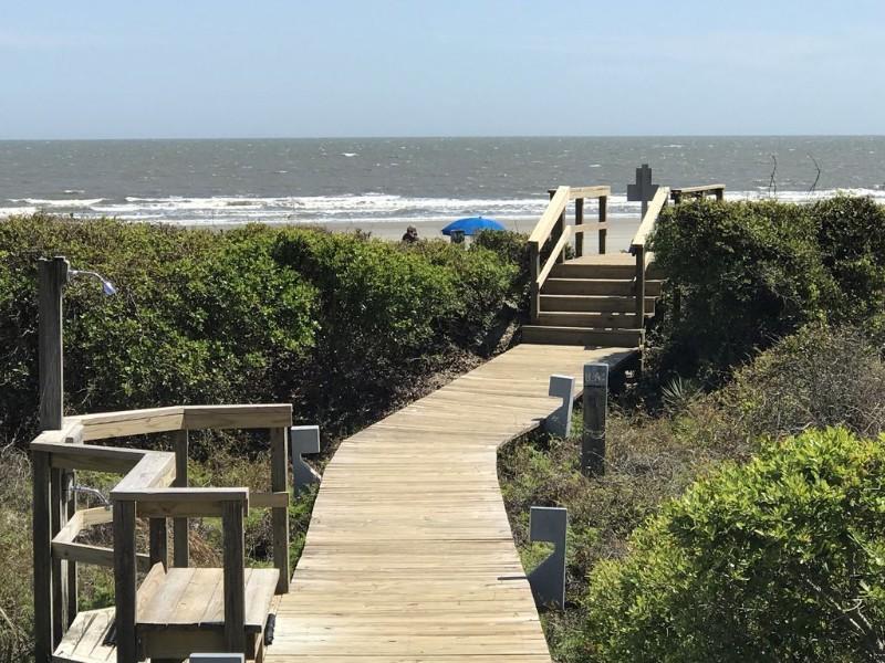 Ocean walk at Eva's Oceanfront Villa