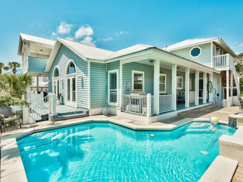 Luxury Beach House with a Pool, Destin, Florida