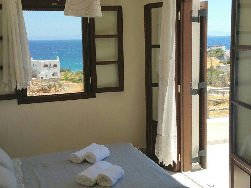 Peaceful panoramic sea view apartment, Eastern Naxos