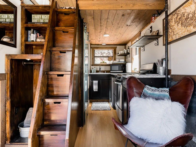Renew Cabin with Private Stargazing Hot Tub and Yoga Deck