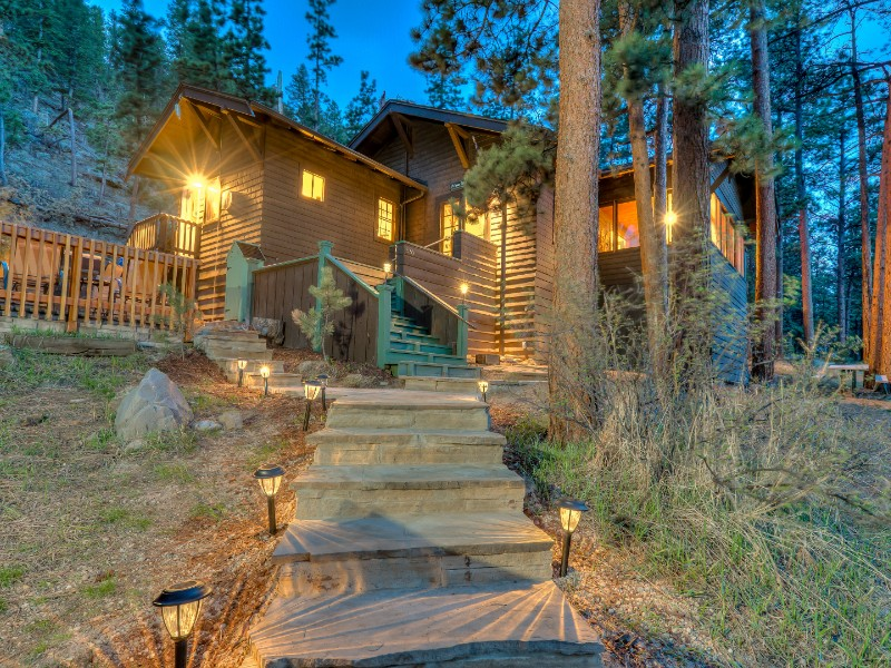 Secluded Historic Cabin with Hot Tub
