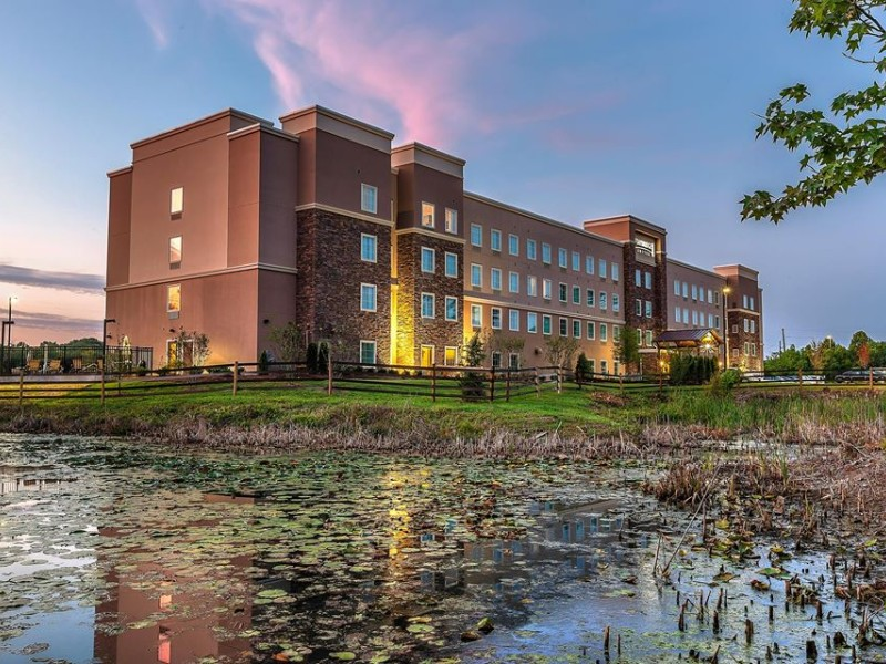 Exterior of Staybridge Suites Knoxville-West