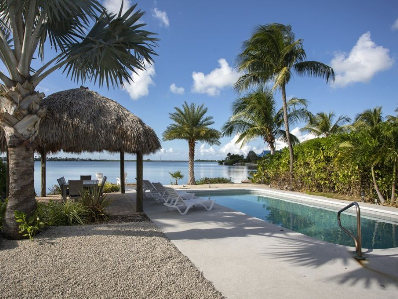 Waterfront home with sunset views and pool, Key West