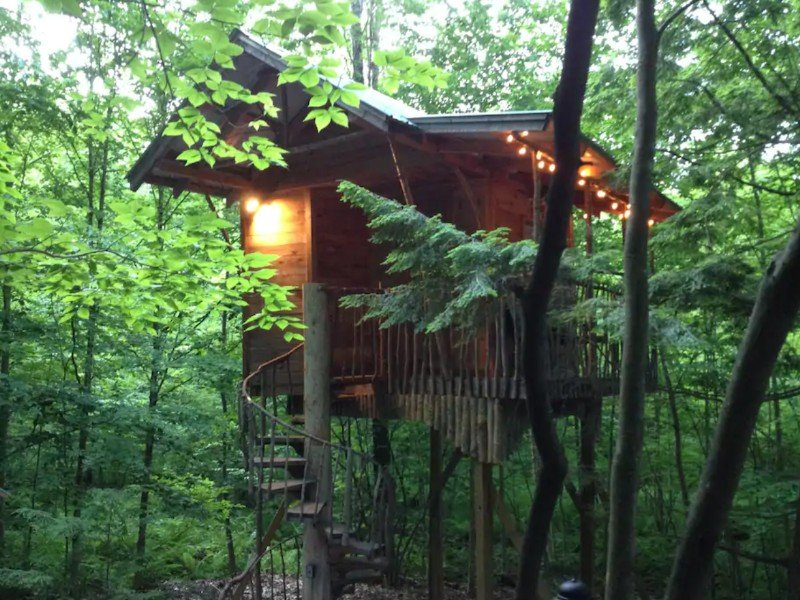 Tree House Retreat, Middle Grove, New York