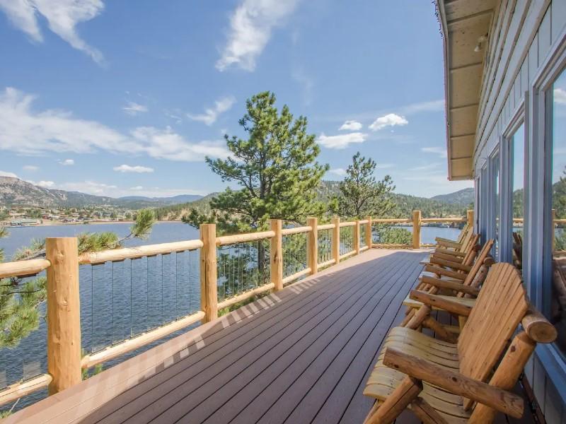 Gorgeous Estes Lake Haus