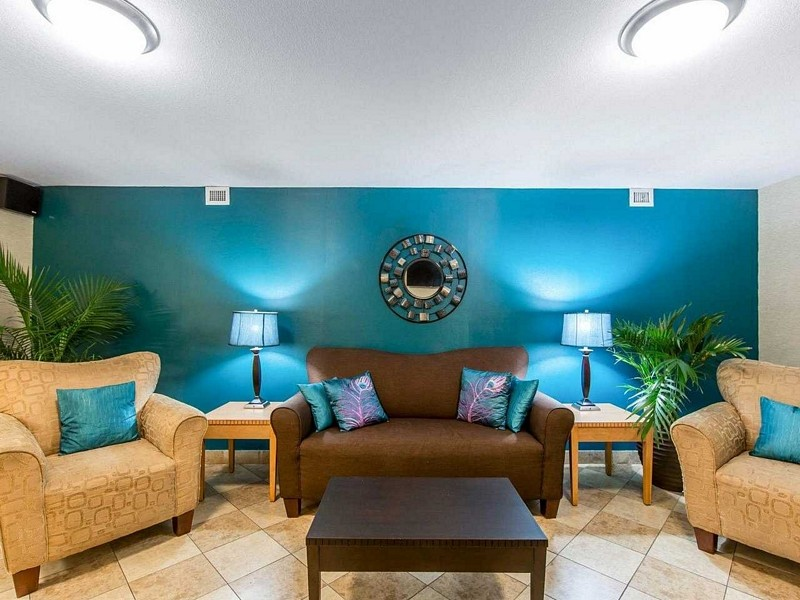 Seating at MainStay Suites Knoxville