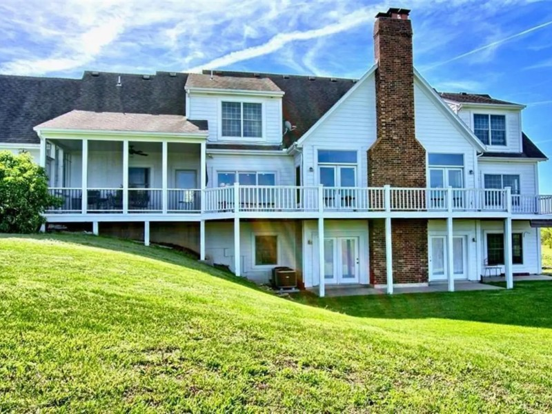 Broadwings Country Home, Louisburg