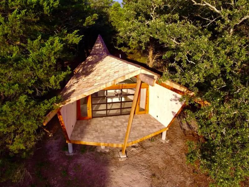 Butterfly Cottage Near COTA