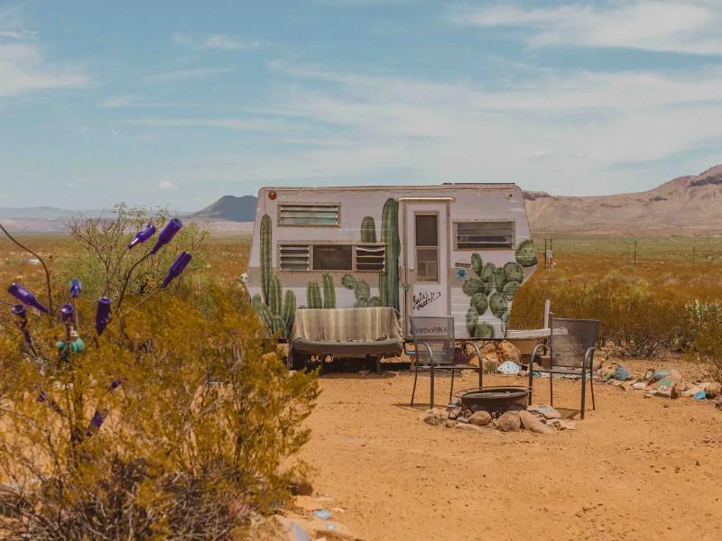 Cozy Cactus - Tin Valley Retro Rentals - Terlingua, Texas