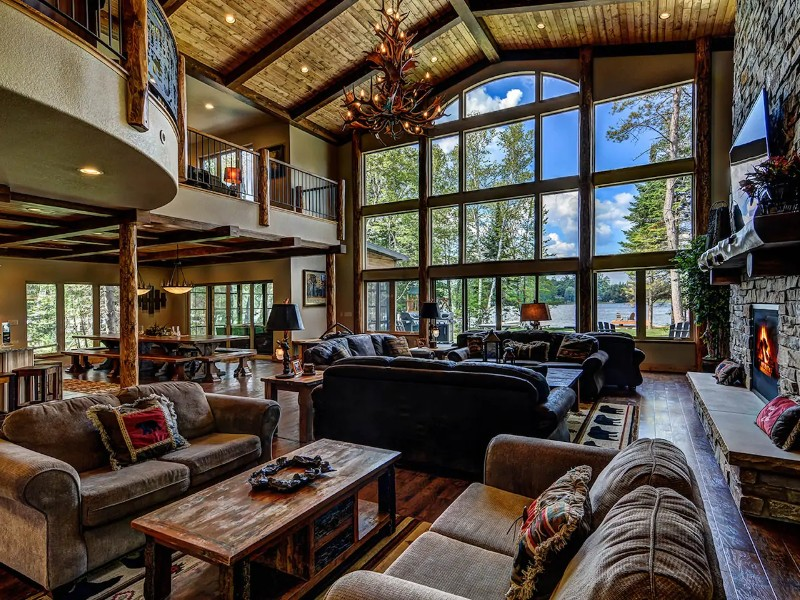 Lakefront Lodge with Dock, Theater and Game Room, Eagle River