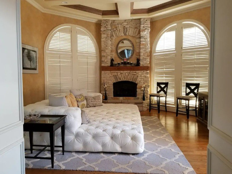 Private Gated Luxury House with Pool, Nicholasville