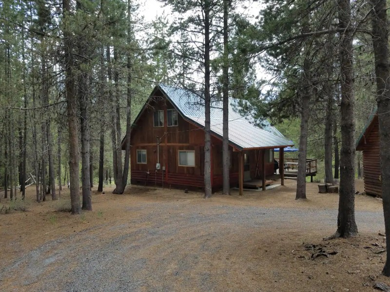 Riverside Cabin, Crescent, Oregon