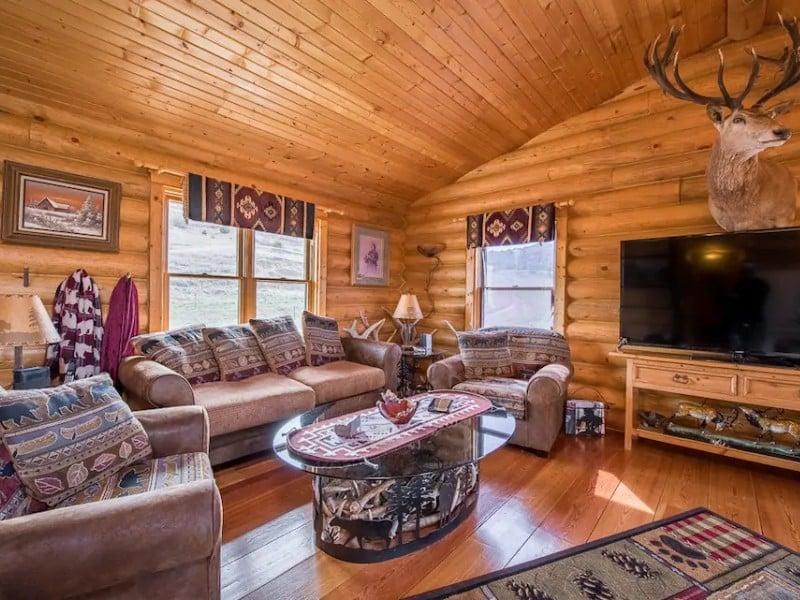 Scenic Buckhorn Ranch Cabin, Medora