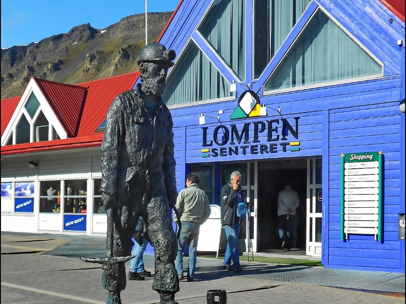 Shopping in Longyearbyen, Norway