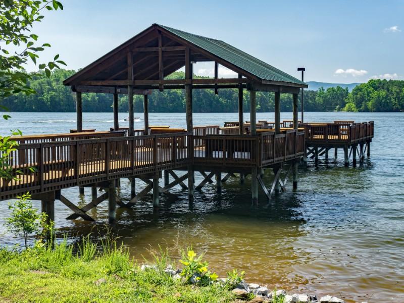 Fishing Pier – Smith Mountain Lake