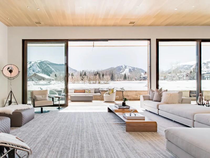 Ultraluxe Modern Hi-Tech Villa, Aspen