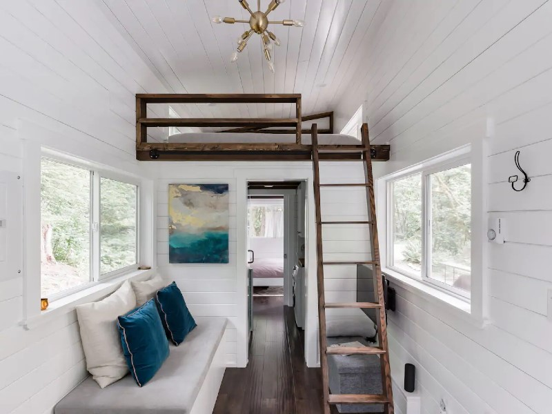 Peaceful Private Tiny Home near River Paradise