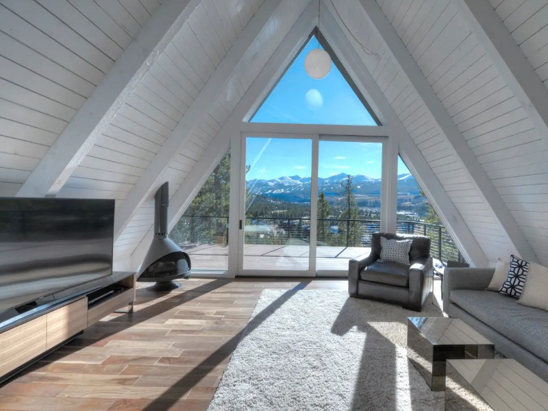 Spacious A-Frame Alpine Cottage, Breckenridge, Colorado