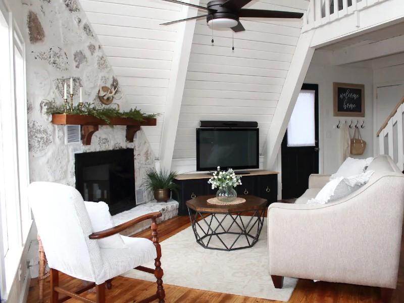 White Mountain Cottage