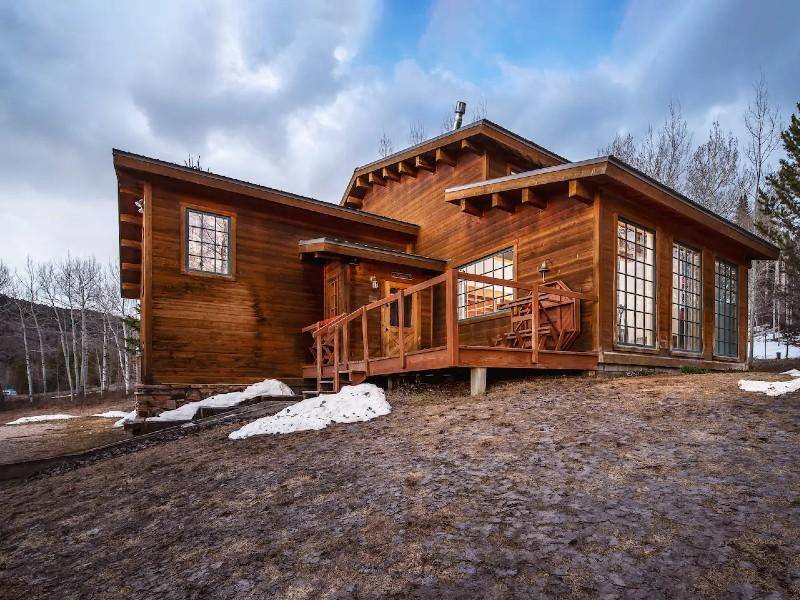 Windigo Lodge - base of Teton Pass
