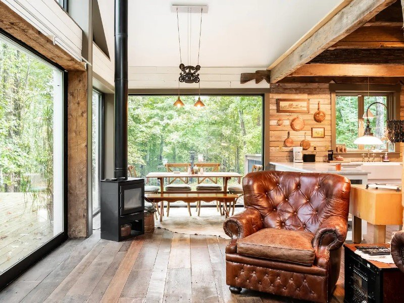 Enjoy Nature at a Secluded Cabin near Nashville