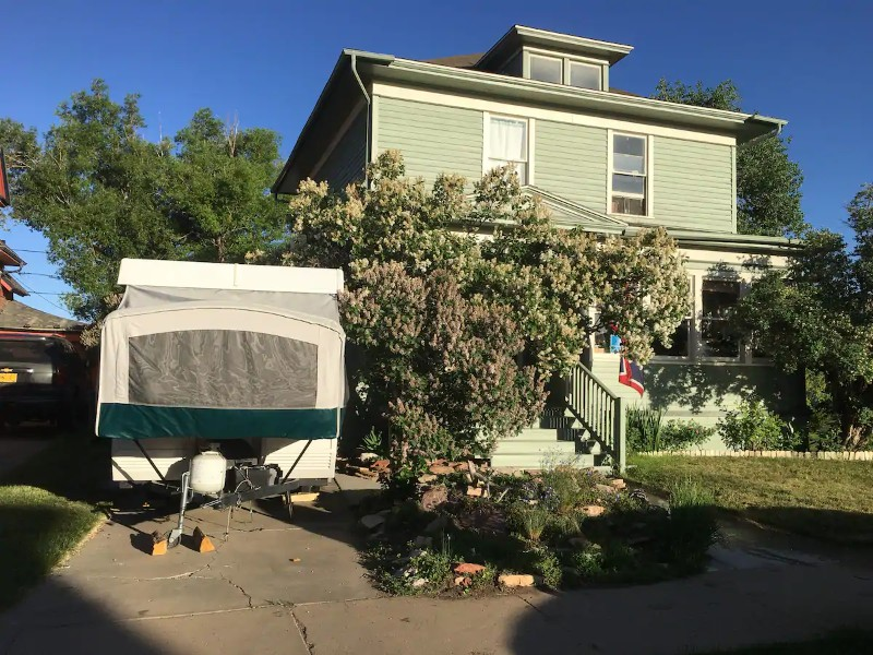 Yard area - 1996 Coleman Laredo Pop-Up Camper Near Downtown