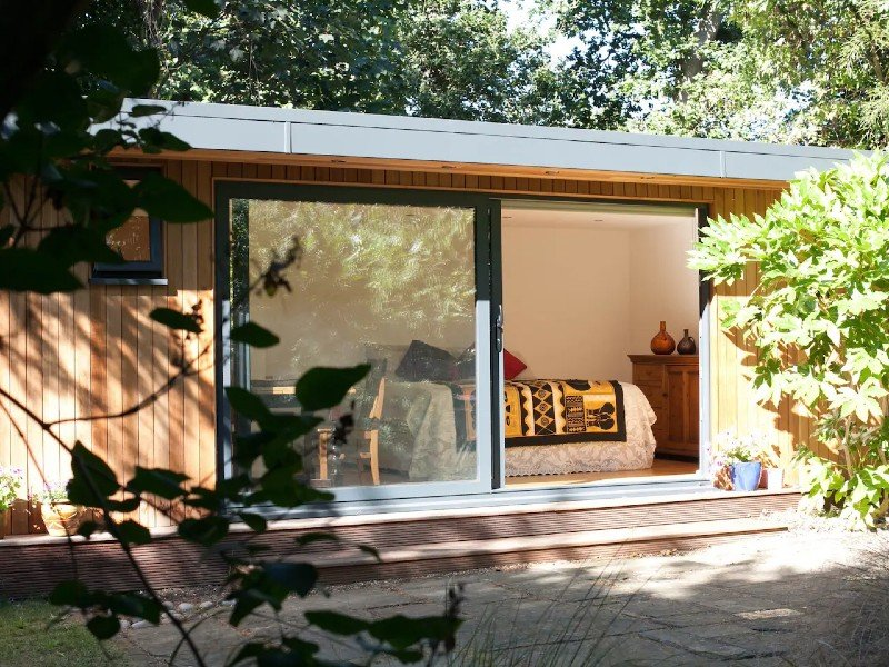 Woodland cabin in Stoke Newington, Central London